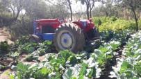 GÜNDOĞAN - Traktörün Altında Kalan Adamı Köylüler Kurtardı