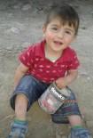 Bayram Şekeri Boğazına Kaçan 1.5 Yaşındaki Çocuk Hayatını Kaybetti