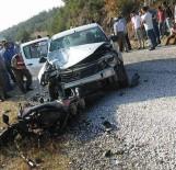 Bursa'da Motosikletle Otomobil Çarpıştı Açıklaması 2 Ölü