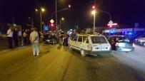 ZİNCİRLEME KAZA - Düzce'de Zincirleme Kazada 8 Kişi Yaralandı