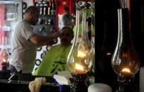 DEKORASYON - Gaz Lambası Altında Nostaljik Tıraş