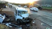 CENAZE ARACI - Gaziantep'te Feci Kaza Açıklaması 1 Ölü, 3 Yaralı