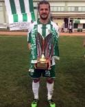 HASAN YıLDıZ - Genç Futbolcu Trafik Kazasında Öldü