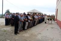 KIZ MESELESİ - 'Kız İsteme' Cinayetinde Ölenler Toprağa Verildi