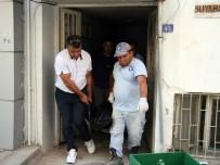 MUSTAFA ÖZTÜRK - Mahallelinin Travesti İsyanı