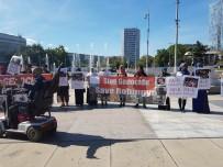 CENEVRE - Müslümanlar BM Önünde Protesto Yapıyor