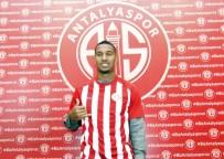 MUSTAFA SÖYLEMEZ - Vainqueur Açıklaması 'Galatasaray'dan Teklif Aldım Ama Tercihim Antalyaspor Oldu'