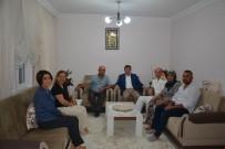 ROKET SALDIRISI - Vali Orhan Tavlı,  Şehit Ailesi Ve Gazilere Bayram Ziyaretlerinde Bulundu