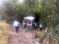 Amasya'da Midibüs Şarampole Uçtu Açıklaması 26 Yaralı