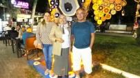 Burhaniye'de Nazar Ağacı İlgi Odağı Oldu