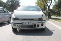 ZÜBEYDE HANıM - Elazığ'da Zincirleme Kaza Açıklaması 3 Yaralı