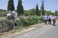 KORKULUK - Hürriyet Mahallesi'nde Dere Temizlik Çalışması Tamamlandı