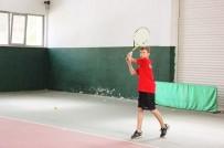 VATANSEVER - İşitme Engelli Tenisçinin Hedefi Büyük