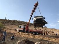 Mardin'de Trafik Kazası Açıklaması 3 Yaralı