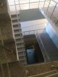 EFLATUN - Merdiven Boşluğuna Düşen Bir Kişi Hayatını Kaybetti