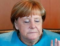 GERHARD SCHRÖDER - Merkel: Türkiye'nin AB'ye üyeliğinin taraftarı olmadım