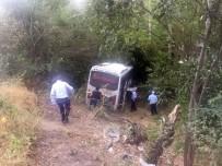 Midibüs Şarampole Uçtu Açıklaması 26 Yaralı