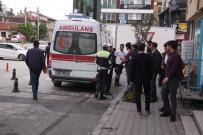 HALK OTOBÜSÜ - Özel Halk Otobüsünün Çarptığı Yaşlı Adam Yaralandı