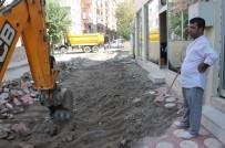 CENGIZ TOPEL - Siirt'te Asfalt Ve Kaldırım Çalışmaları Sürüyor