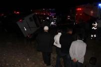 NUMUNE HASTANESİ - Sivas'ta Yolcu Otobüsü İle Otomobil Çarpıştı Açıklaması 1 Ölü, 16 Yaralı