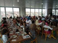 TARİHİ YARIMADA - Üsküdar Belediyesi Suriyeli Yetim Çocukları Misafir Etti