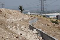 İSTİNAT DUVARI - Yunuskent'te İstinat Duvarları Tamamlanıyor