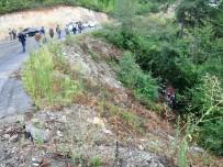 BEYCUMA - Zonguldak'ta Trafik Kazası Açıklaması 3 Yaralı