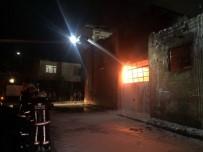BOLLUCA - İstanbul'da korkutan fabrika yangını