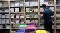 OKUL KIYAFETİ - Bir Öğrencinin Kıyafet Ve Kırtasiye Masrafı 600 Lira