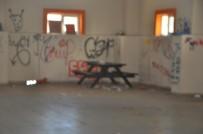 YEŞILKENT - Eski Yüksekokul Binası Madde Bağımlılarının Mekânı Oldu