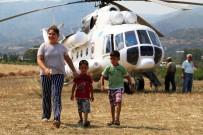 KARAÖZ - İlk Kadın Yangın Söndürme Pilotundan Alkışlanacak Davranış