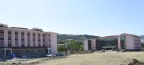 OKUL KIYAFETİ - Tekkeköy Yeni Eğitim-Öğretim Yılına Hazır