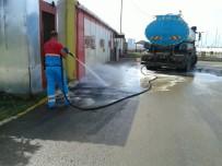 ÜMRANİYE BELEDİYESİ - Ümraniye'de Bayram Sonrası Toplu Temizlik Ve Dezenfekte İşlemleri Yapıldı