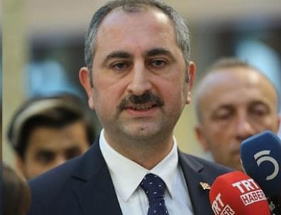 Adalet Bakanı Gül: Hukuk açısından çok büyük bir skandal