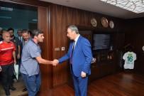 BURSA EMNIYET MÜDÜRLÜĞÜ - Bursaspor Taraftarlarından Yeni Emniyet Müdürüne Ziyaret