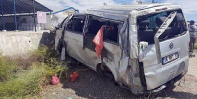 Eskişehir'de feci kaza: 3 ölü, 7 yaralı