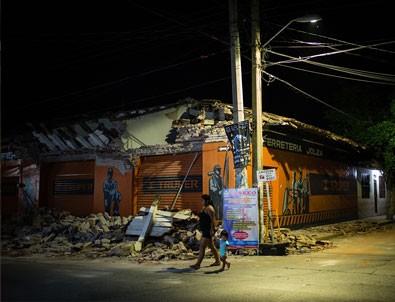 Meksika depreminde ölü sayısı artıyor