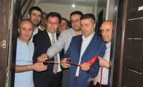 FUTBOL TURNUVASI - Hakkari'de Gençlik Merkezi Açıldı