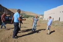 MEHMET NURİ ÇETİN - Kaymakam Çetin'den Sanayi Esnafına Ziyaret