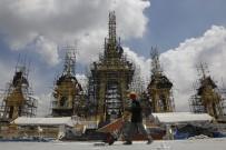 BHUMIBOL ADULYADEJ - Kralın Yakılması İçin Saray Yapılıyor