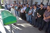ERZİNCAN VALİSİ - Şehit Polis Memuru Sarıgül'ün Babası Son Yolculuğuna Uğurlandı