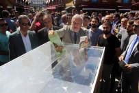 BURÇ KÜMBETLİOĞLU - Sivas'ta Kitap Fuarı Açıldı