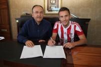 KIEV - Sivasspor, Rybalka İle Sözleşme İmzaladı