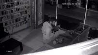 DİZÜSTÜ BİLGİSAYAR - Alışveriş Yapar Gibi Hırsızlık Yaptılar