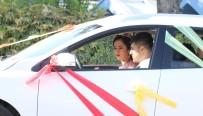 ADNAN KAHVECI - Düğün Konvoyunda PKK Paçavrası Alarmı