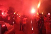 TARIK ÇAMDAL - Galatasaray, Antalya'da Coşkuyla Karşılandı