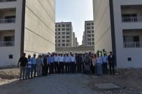 MEHMET ÖZÇELIK - TOKİ Başkanı Turan Yunuskent'i İnceledi