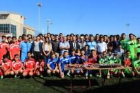 FUTBOL TURNUVASI - Trabzon'da Yaşayan Göçmenler İçin Futbol Turnuvası Düzenlendi