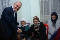 VEDAT YıLMAZ - Başkan Acar Yılbaşında Huzurevi Sakinlerini Unutmadı