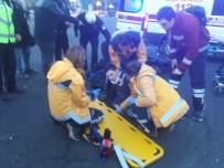 TRAFİK ÖNLEMİ - Kutlamalar Sonrası Trafiğe Açılan Kızılay'da Yılın İlk Kazası